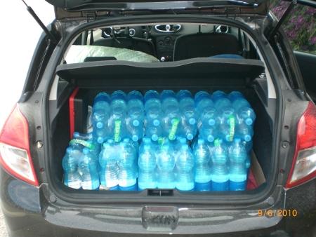 Quante casse d'acqua entrano nella Clio ? Almeno 12