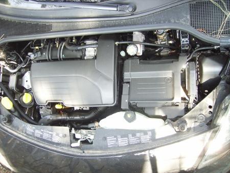 il motore compatto della nuova clio