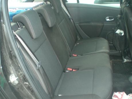 sedile posteriore nuova clio
