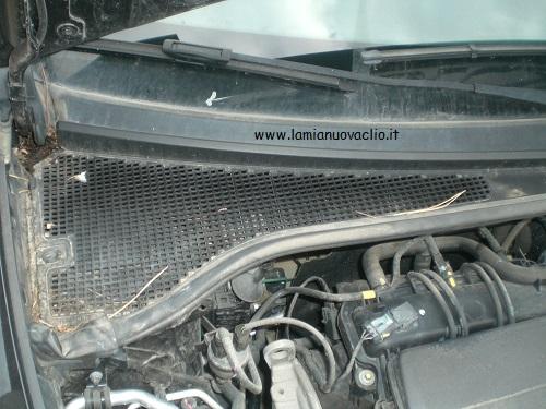 Pulizia vaschetta Clio motorino tergicristallo