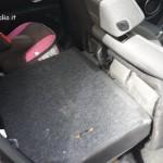 il sedile anteriore non si sdraia